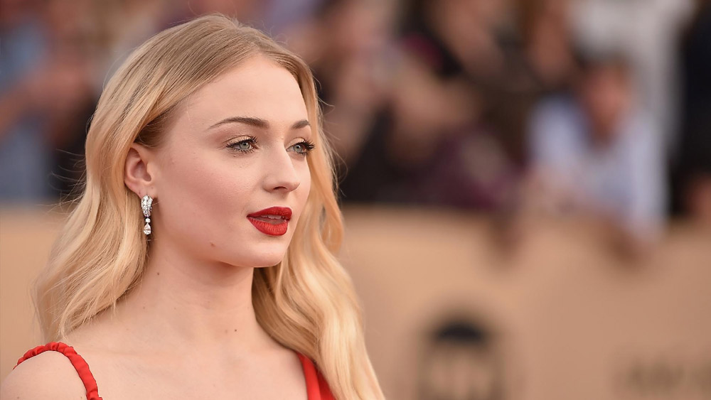 Sophie Turner conta o final de Game of Thrones para os seus amigos
